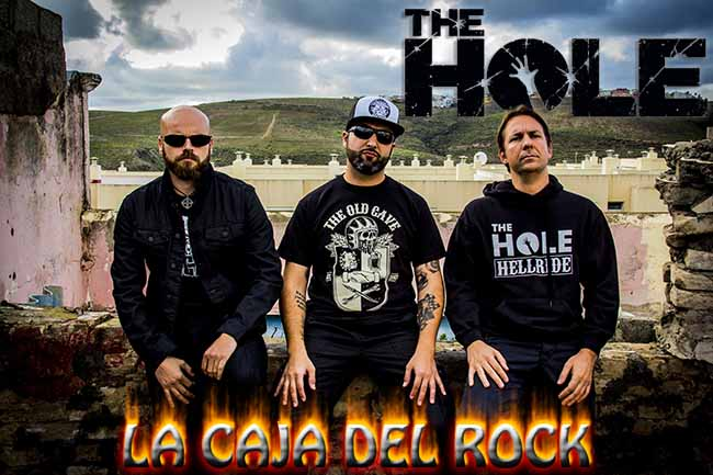 banda-the-hole